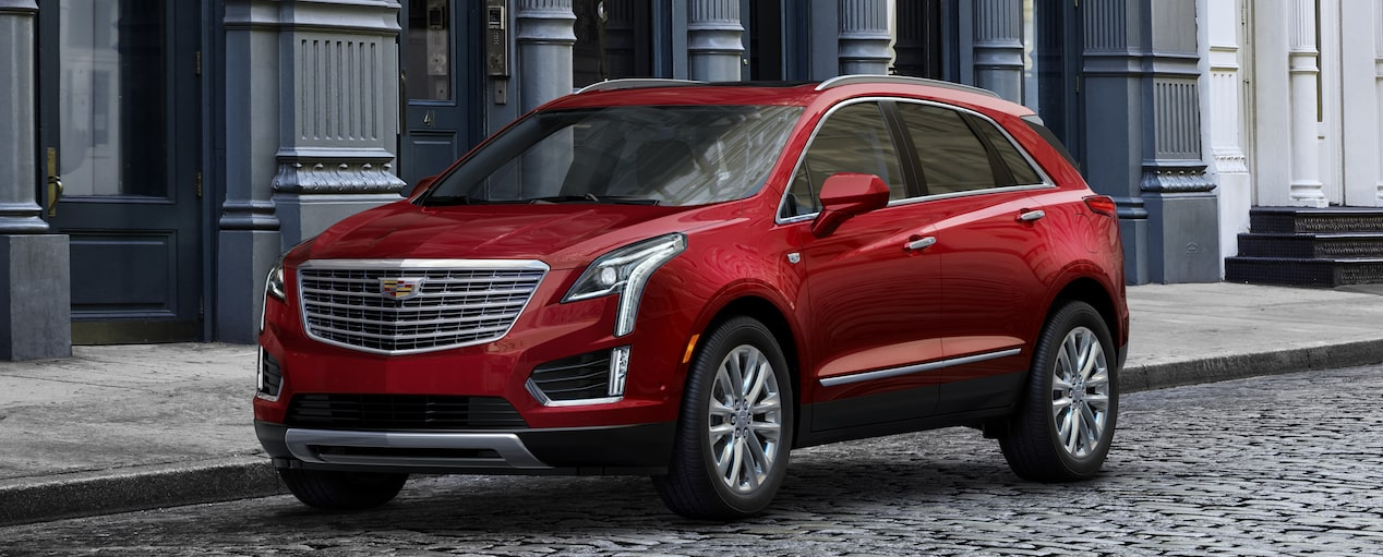 XT5 Crossover Exterior in Red Passion Tintcoat