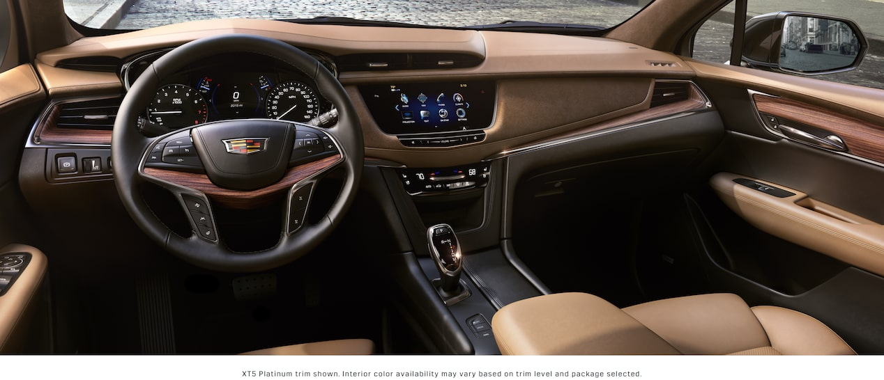 XT5 Crossover Interior in Maple Sugar with Black