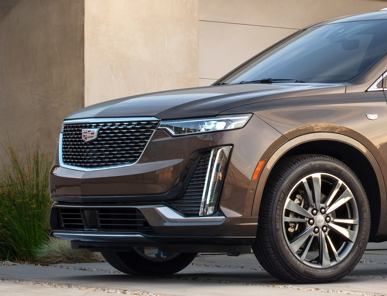 Cadillac XT6 Front Grille Close Up