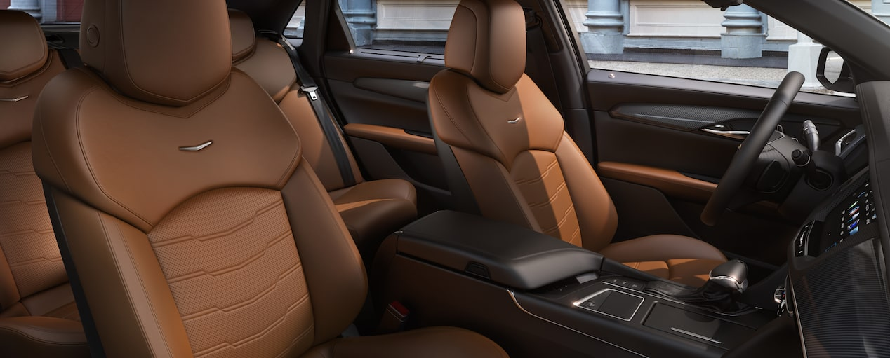 CT6 Plug-In Interior in Cinnamon with Jet Black
