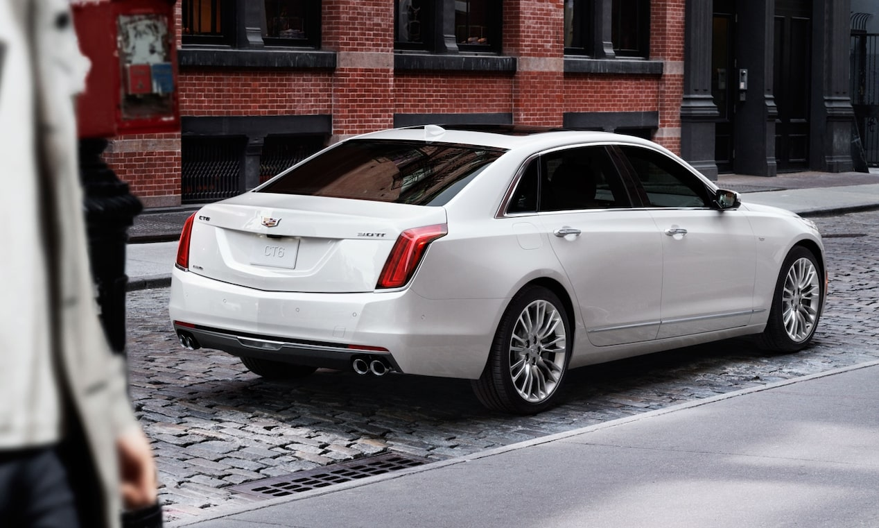 Rear Quarter View of CT6
