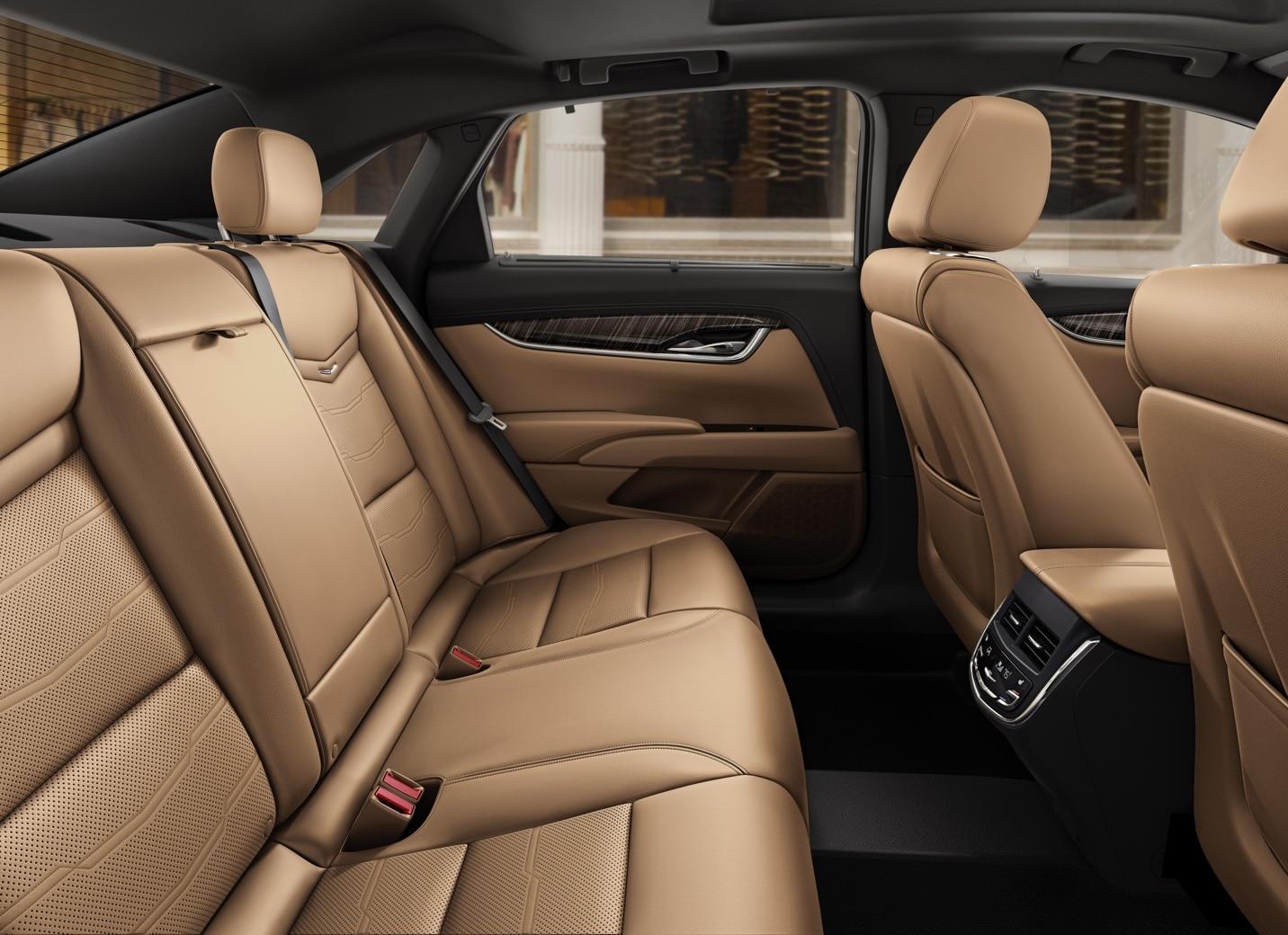Lovely XTS Sedan Backseats