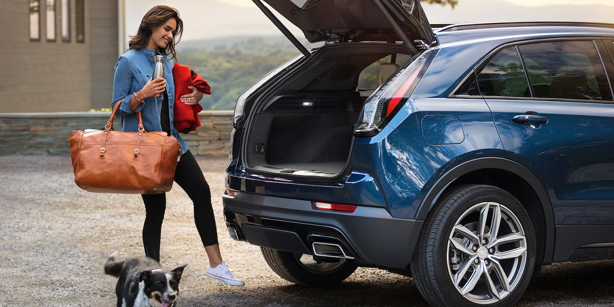 XT4 Crossover Liftgate