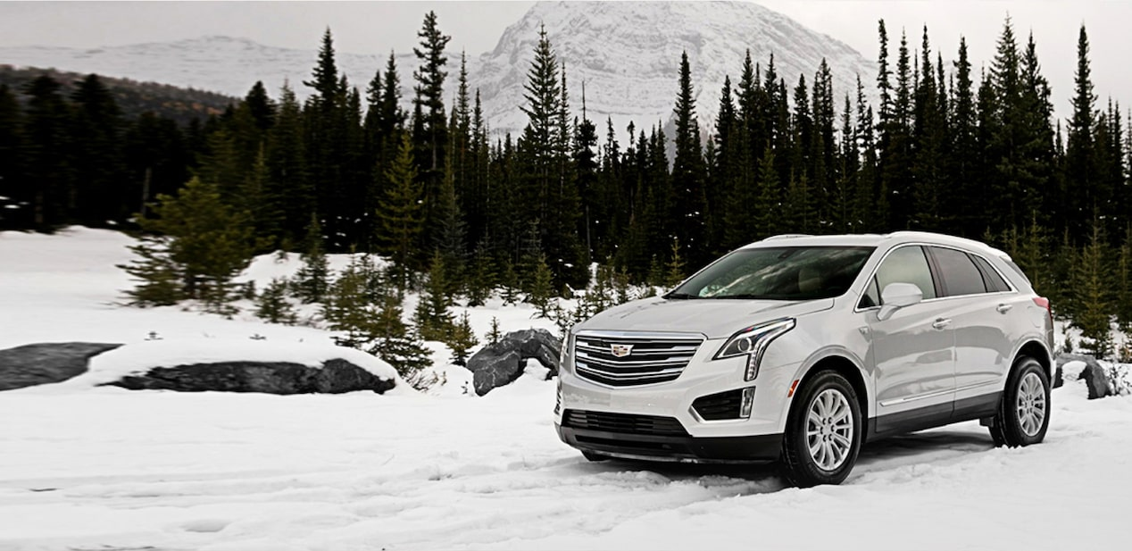 XT5 Crossover Driving in the Snow