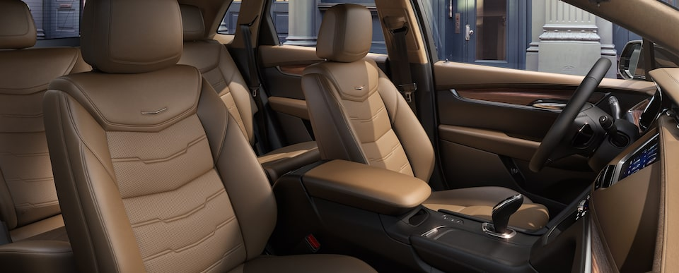 XT5 Crossover Seats in Maple Sugar with Black Accents