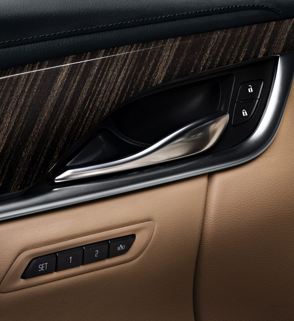 XTS Sedan Interior Door Handle