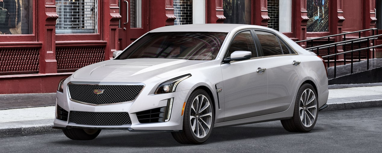 CTS-V Exterior in Crystal White Tricoat