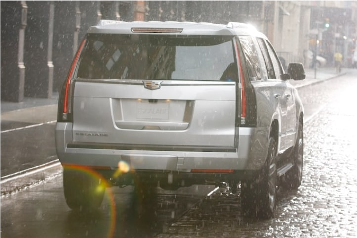 2020 Cadillac Escalade Full-Size SUV Rear Wiper with Rain