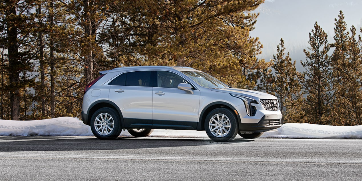 2020 Cadillac XT4 Compact SUV:  Right-side Exterior