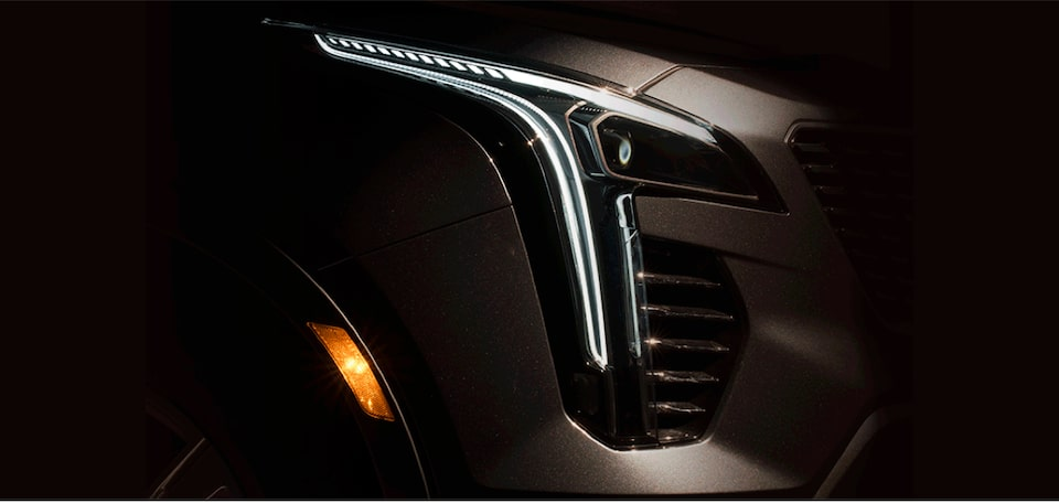 2020 Cadillac XT4 Compact SUV Front LED Lighting