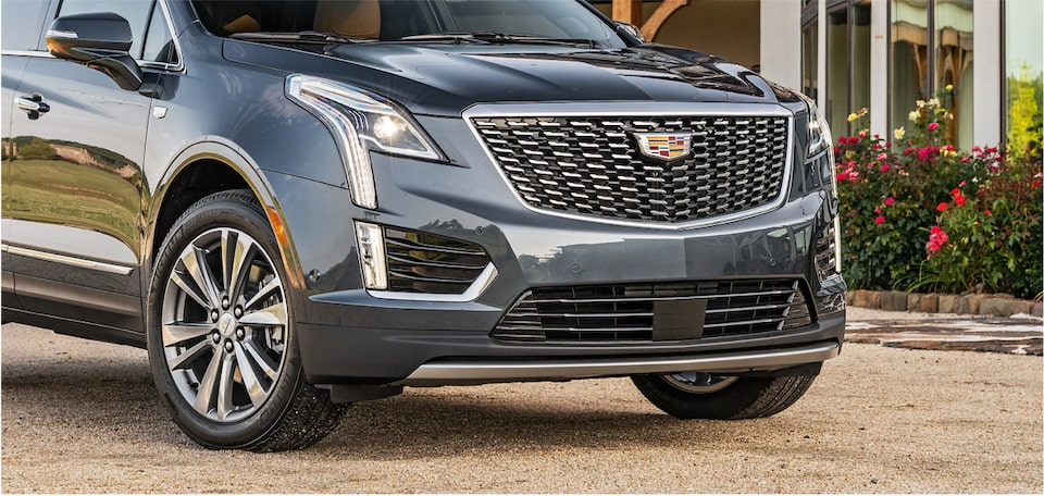 Cadillac XT5 Crossover front exterior grille