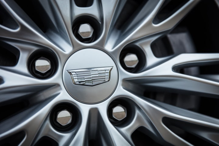 2020 Cadillac CT4 Mid-Size Sedan Wheels Detail