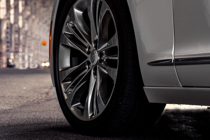 2020 Cadillac CT6 Sedan: Automatic Braking Wheels Close Up