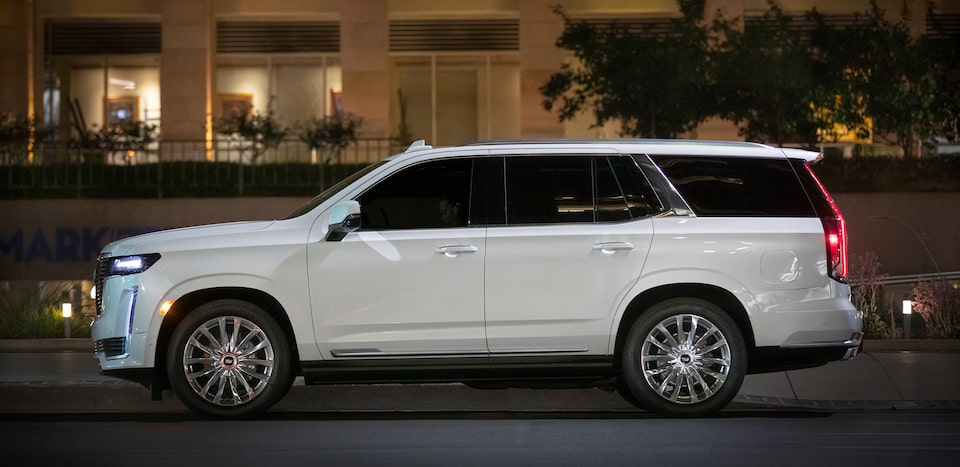 2021 Escalade Exterior Side View