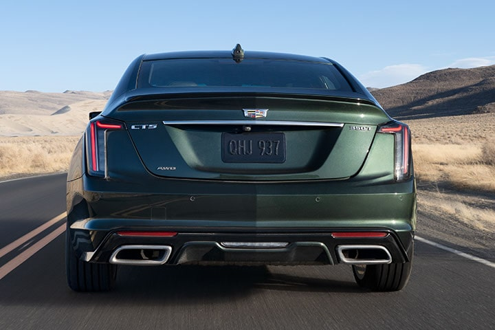 2021 Cadillac CT5: Rear View in Green
