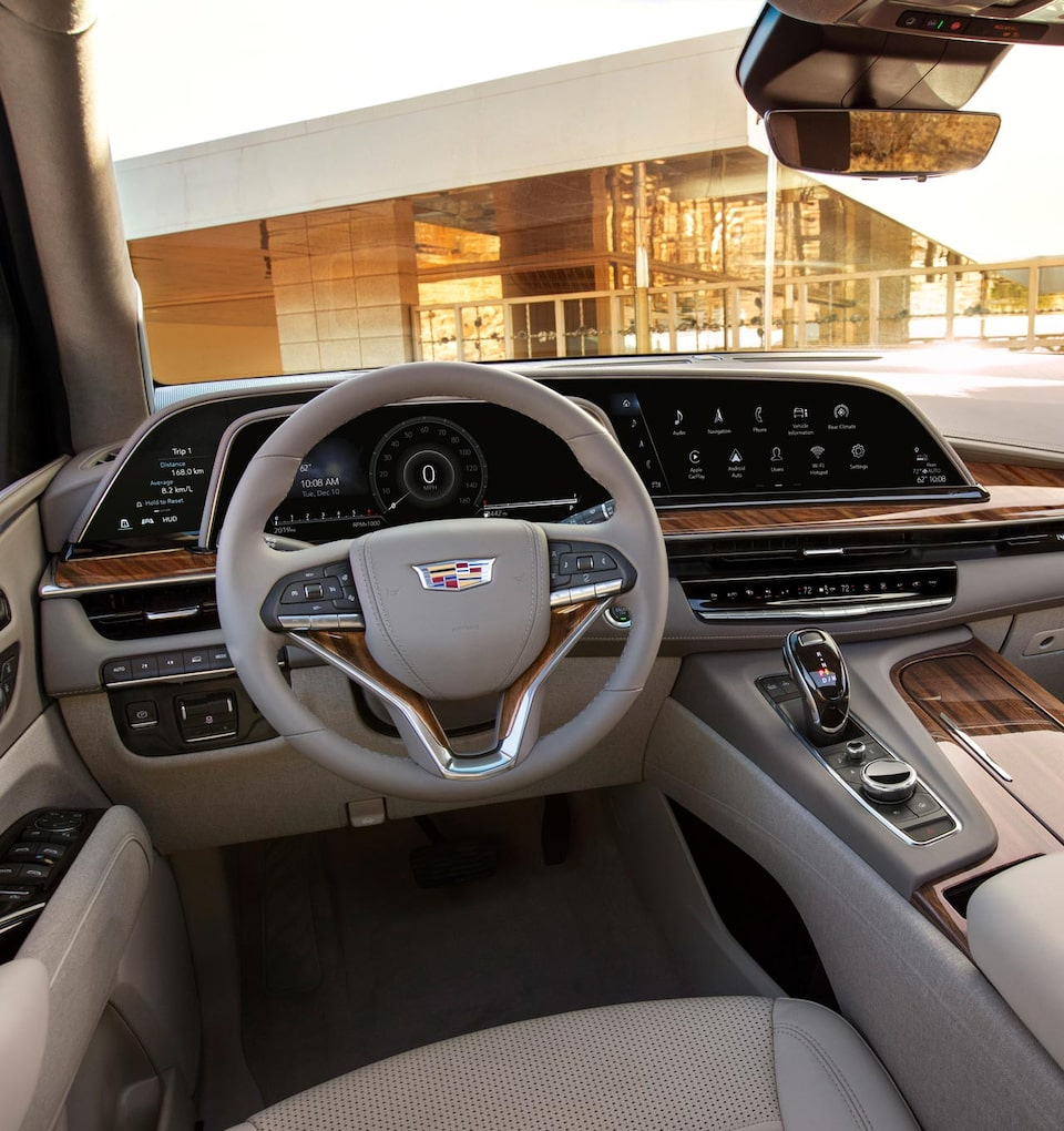 2021 Cadillac Escalade Full-Size SUV Curved Cinematic OLED Screen